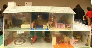 1950s toy doll house