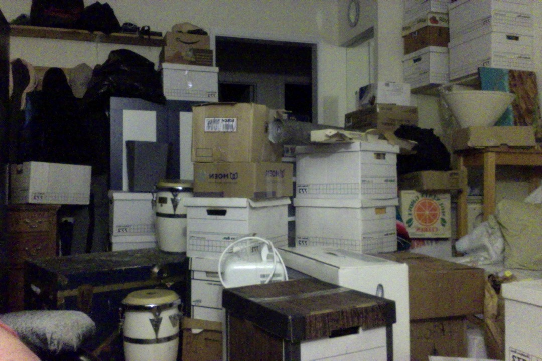 Tunnel of Boxes 2015 09 07 at 5 38 AM