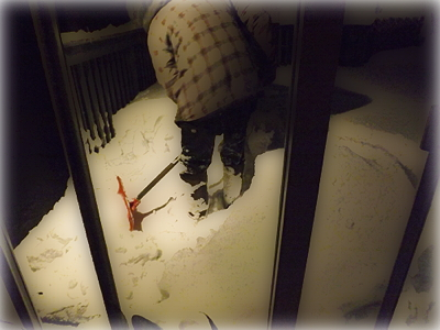Attila shovelling snow 20 nov 14